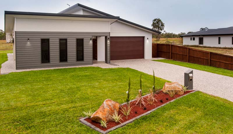 Display home 6 Yarrabee Close mareeba